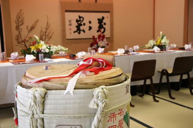 鎌倉ブライダル 披露宴 樽酒と床の間